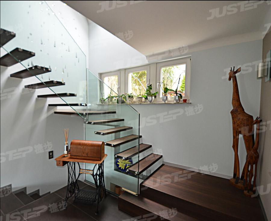 欧式复式梯装修效果图大全