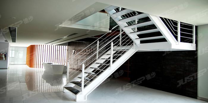 護欄扶手 住宅樓梯設計圖 樓梯效果圖 樓梯裝修 家用樓梯 室內樓梯