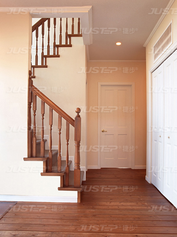 欧式实木楼梯装修效果图大全