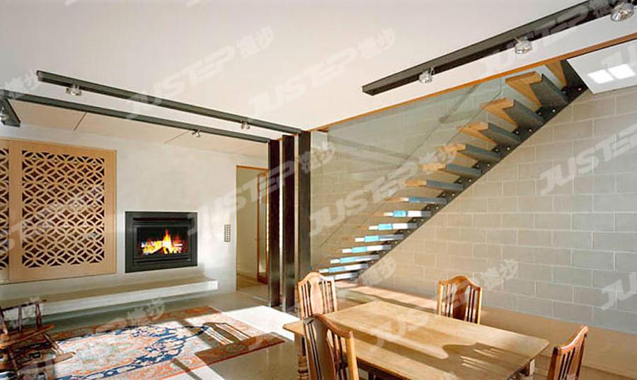 飘窗护栏 护栏扶手 住宅楼梯设计图 楼梯效果图 楼梯装修 家用楼梯